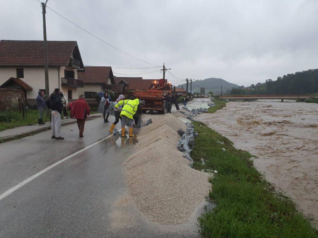 Poplava Lučani